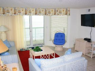 SPACIOUS Beautiful Oceanfront! 3 Pools; Reduced!, North Myrtle Beach