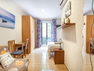 Cozy apartment in center of Barcelona low cost