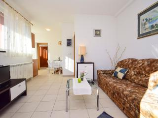TH01231 Apartment Marin / One bedroom A1, Tisno