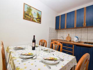 TH01233 Apartments Krizanovic / One bedroom A4, Tisno
