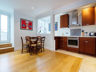 Two bedroom with roof terrace, Pembridge Villas, Notting Hill, London