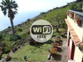 Country House, Garden and Sea View 105, Faja da Ovelha