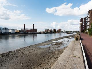 Veeve - Battersea Riverside