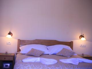 TH01898 Rooms Villa Kula / Double room S6, Seget Vranjica