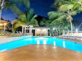 Villa Bonita - 8 apts $110 ea or less p/n s-50!, Aguadilla