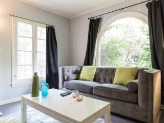 Affordable  2 bedroom West Hollywood