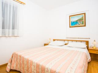 TH03439 Apartments Pava / Two bedrooms A2, Lokva Rogoznica