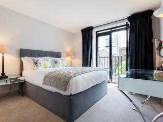 A stylish one-apartment with views of the Shard., London