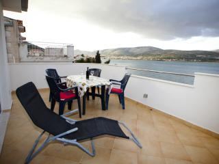 TH01913 Apartments Ana/ Studio A4, Trogir