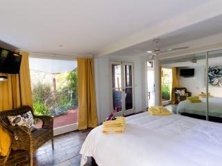 King bedroom with garden view