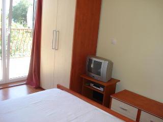 TH03450 Apartments Mirko / Studio A2, Duce