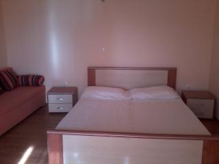 TH03450 Apartments Mirko / Studio A3, Duce
