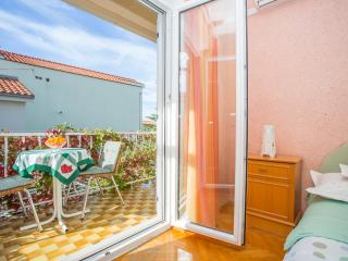 TH00725 Apartments Mara / A5 Studio, Makarska