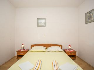 TH00748 Apartments Nuic / Studio apartment A3, Makarska