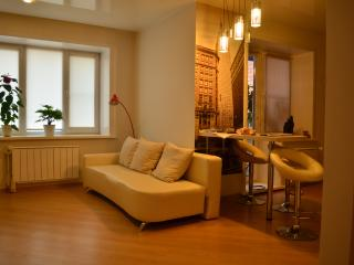 Ideal studio for 4 people, Chita