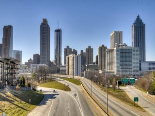 Great location! Walking to all attraction!, Atlanta