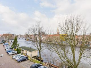 Spaarne Riverside Apartment for 3 in Haarlem