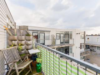 Spaarne Riverside Apartment for 3 in Haarlem
