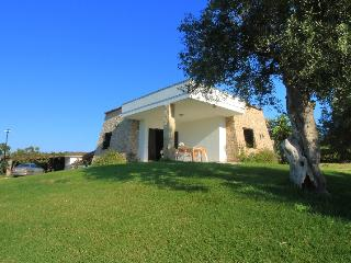 Trullo Rosemary di LoveSud Top Holiday Homes, Pescoluse