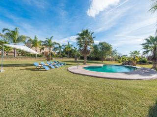 SON PEROT - Villa for 9 people in Maria de la Salut