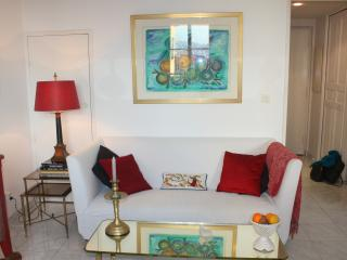Nice Garibaldi: 2 beds house ac terrace parking, Niza