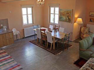 Villa Amethyst- Romantic and Cozy, Zagora