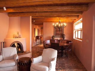Girard Gardens Casa (414GG) ~ RA68717, Santa Fe