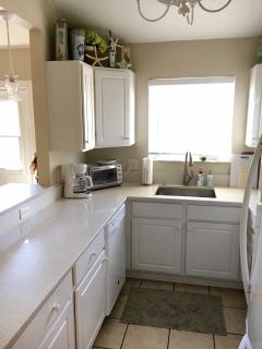 New sink and quartz counters