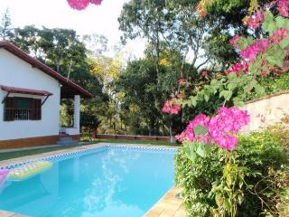 Detached country house 176 KM from Rio de Janeiro!, Penedo