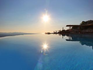 Villas Inn Mykonos, Tourlos