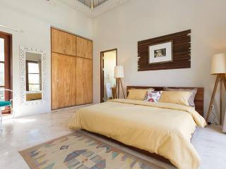 Seminyak Amazing 2 bedrooms in best location
