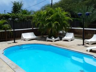 Villa Ginger in Tamarin: 5 bedrooms, private pool