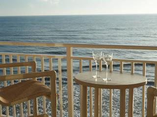 3 Bd - Penthouse - Oceanfront - Private Hot Tub