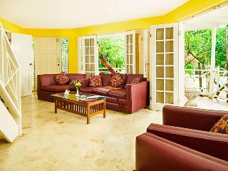 2 bedroom Village  balcony & Private pool spa RonV, Negril