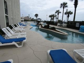 Oceanfront Resort with 3 Pools, 2 lazy rivers