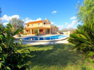 Santa Margalida villa for 8 people