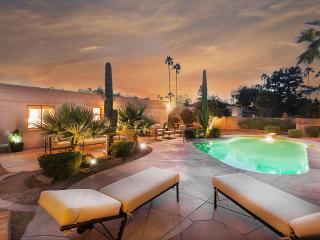 !Villa Oasis In Sunny Scottsdale!