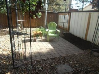 Furnished 1 Bedroom Apartment Near Hospital. Pet Friendly, Fenced Yard