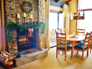 Horizons 4 Cozy Mountain Retreat - Listing #228, Mammoth Lakes
