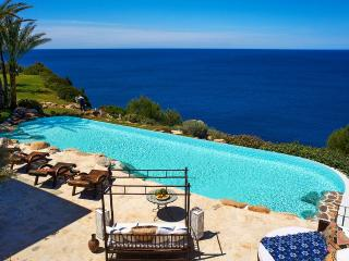 Ultra luxury oceanfront property with pool, Cala Llenya