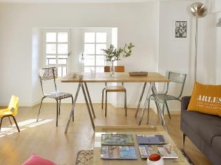 2 Chambre & Calme au centre ville avec Terrasse !, Arles