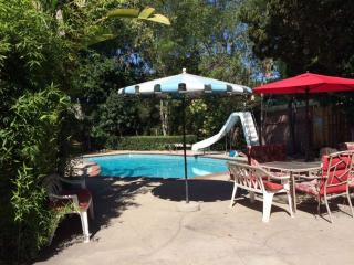Family's Paradise With Private Pool!, Long Beach
