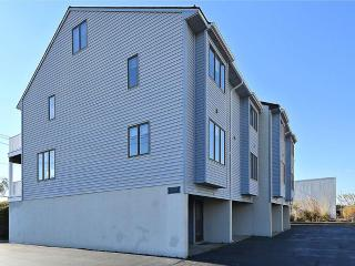 3 bedroom townhouses, only 1 block to ocean, Bethany Beach