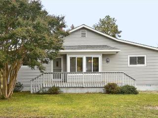 Scenic and peaceful waterfront home with pool and tennis courts., Bethany Beach