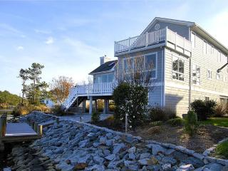 Comfortable custom built 3 level contemporary home with unparalleled views overlooking The Salt Pond., Bethany Beach