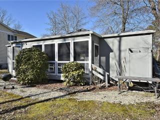 Quiet Bethany West 4 bedroom home with large porch, Bethany Beach