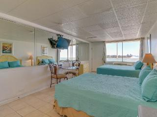 Beachfront studio w/ Gulf views & a shared pool. BBQ & more!