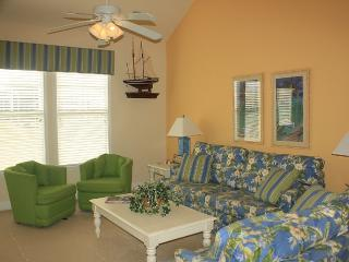 Just Reduced! 3b/2.5BA Elegant Decor, Sleeps 8, North Myrtle Beach