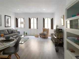 Apartamento nuevo en Plaza Museo, Sevilha