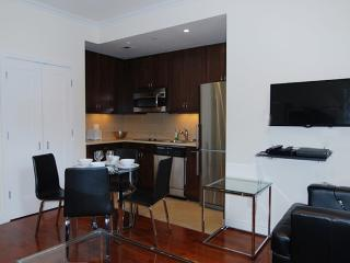Furnished 1-Bedroom Apartment at 7th Ave & W 36th St New York, Nueva York